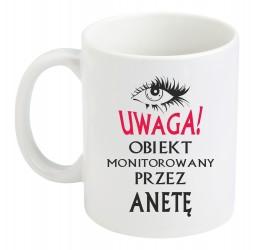 """Kubek typu duże latte z nadrukiem """"UWAGA! OBIEKT MONITOROWANY"""""""